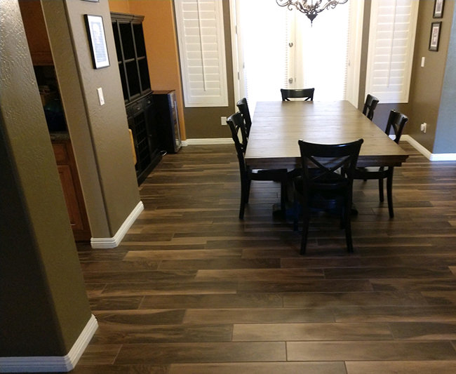 wood look percelain tile in the dining room