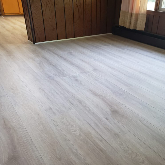 durable laminate flooring in the dining room